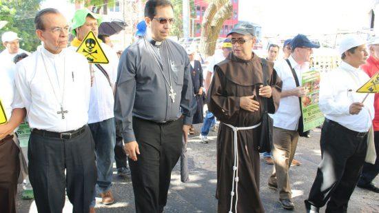Iglesia Católica Marcha contra minería