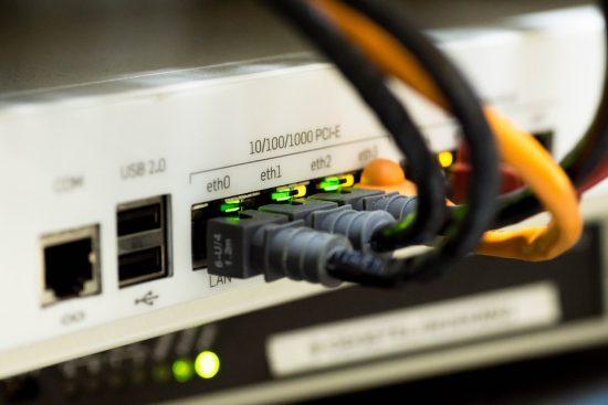 Más de la mitad de los hogares en Puebla no tienen acceso a internet