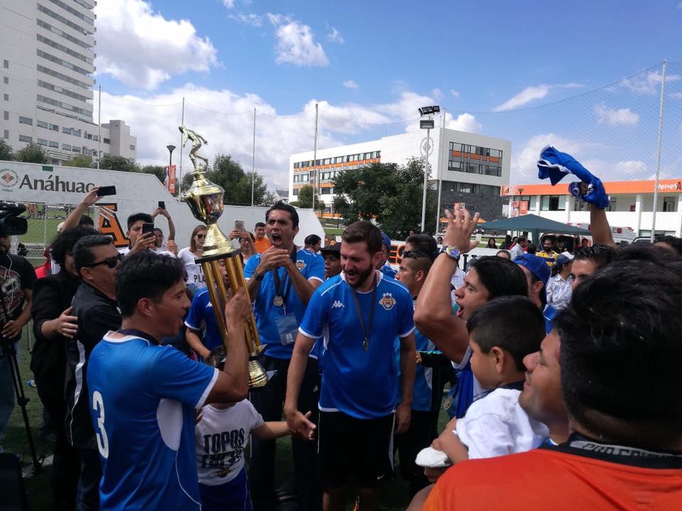 Topos Puebla campeones nacionales